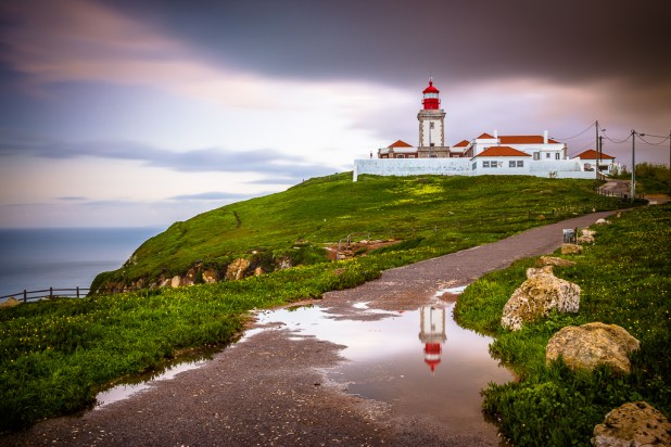 Watch the sunset in the Cabo da Roca