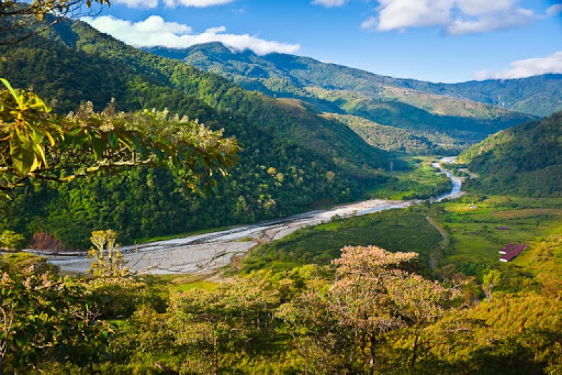 Orosi River Valley (El Valle del Rio Orosi)