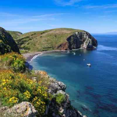 Santa Cruz Island in California: Complete Travel Guide