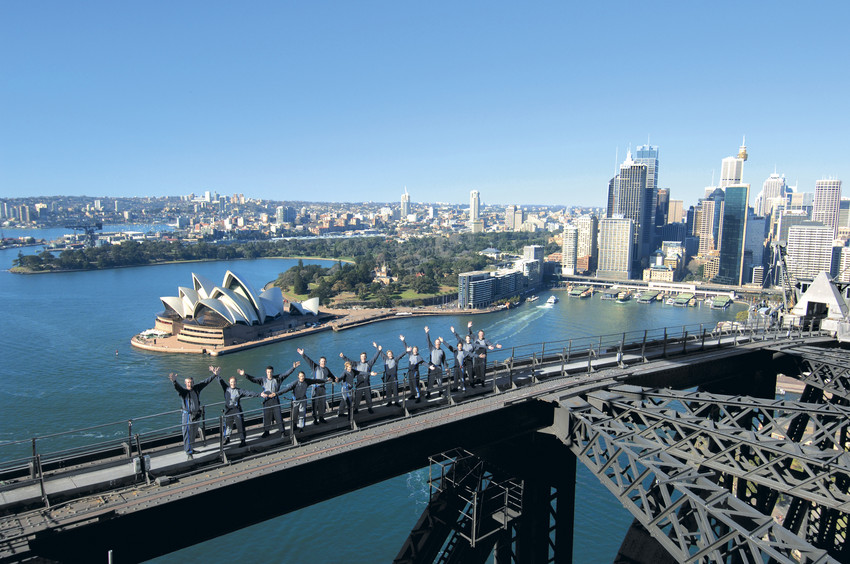 Climb the Sydney Harbor Bridge summer bucket list