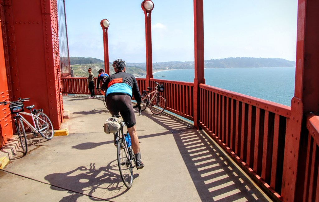 Cycle across the Golden Gate Bridge