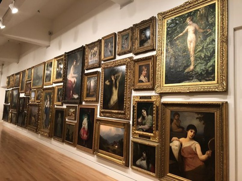 Visit the Frye Art Museum Free things to do in Seattle