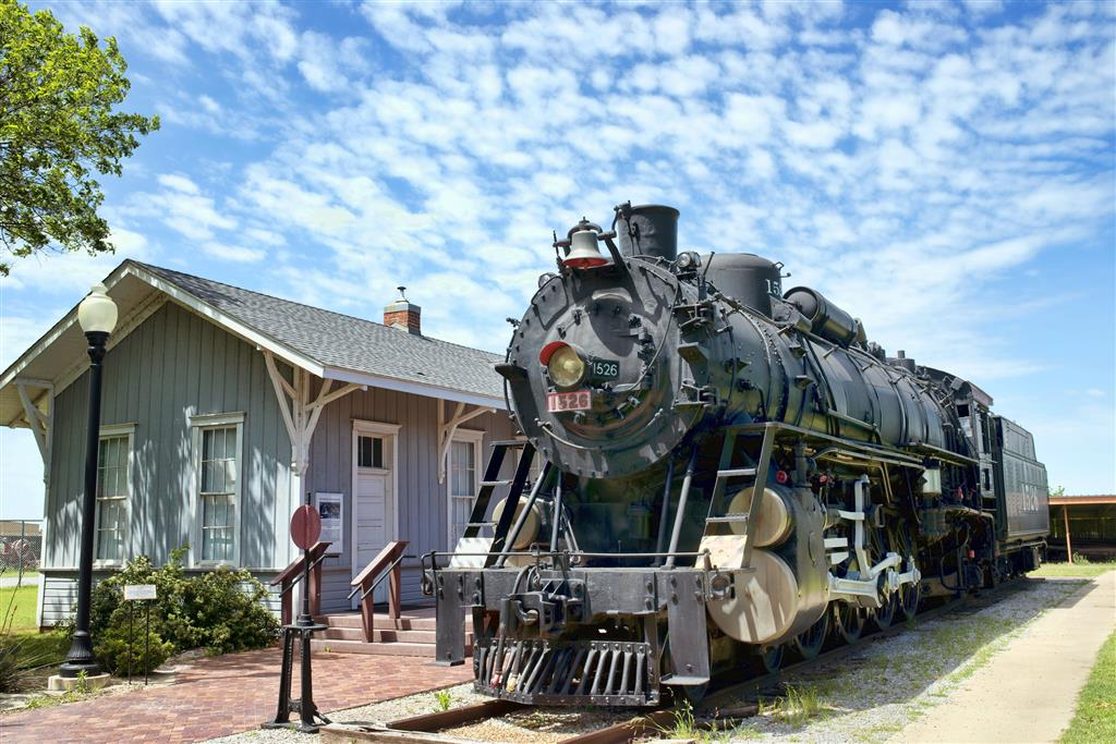 Visit Tennessee Valley Railroad Museum