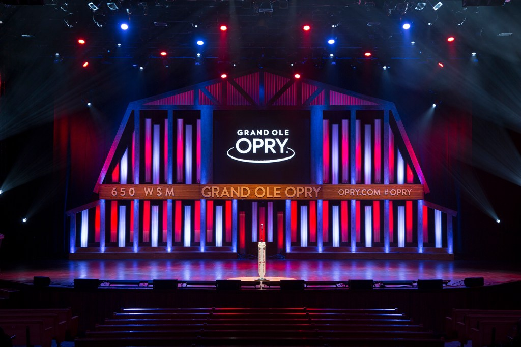 Watch a Show in Grand Ole Opry Nashville