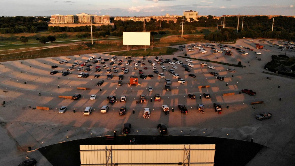 Things to Do in Fort Worth Coyote Drive-In Theater