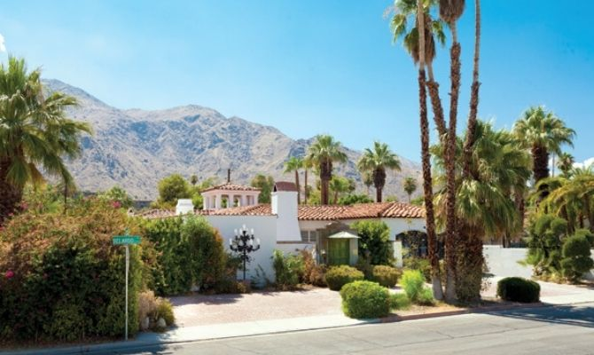 Celebrity Home Bus Tours Palm Springs