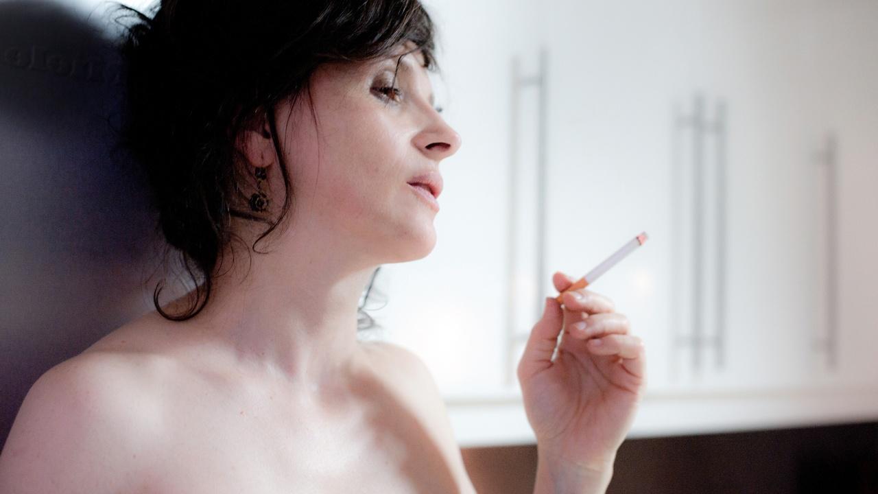 فيلم دراما فرنسي Elles 2011 للكبار فقط مترجم