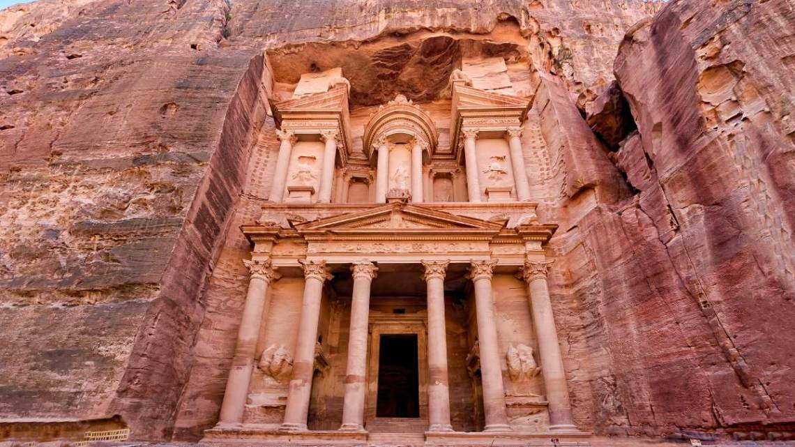 top 5 virtual destinations around the world| PETRA