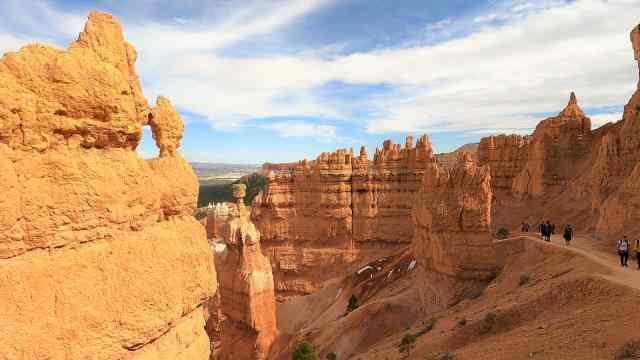 Thor's Hammer From Navajo Loop Trail . Best Hikes in Bryce Canyon National Park
