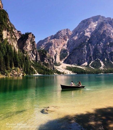 percorso attorno lago di Braies