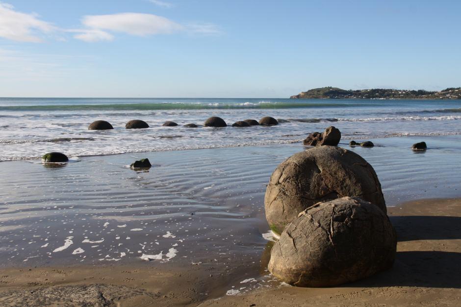 moeraki boulders-NZ