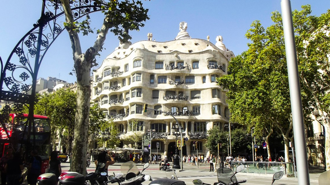 casa_batllo_i_casa_mila_travel_architect