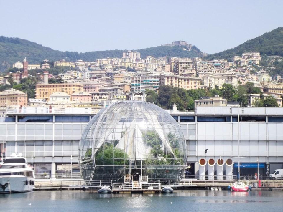 Biosfera - staklena kugla izgrađena za potrebe samita G8 koji se 2001. godine održao u Đenovi