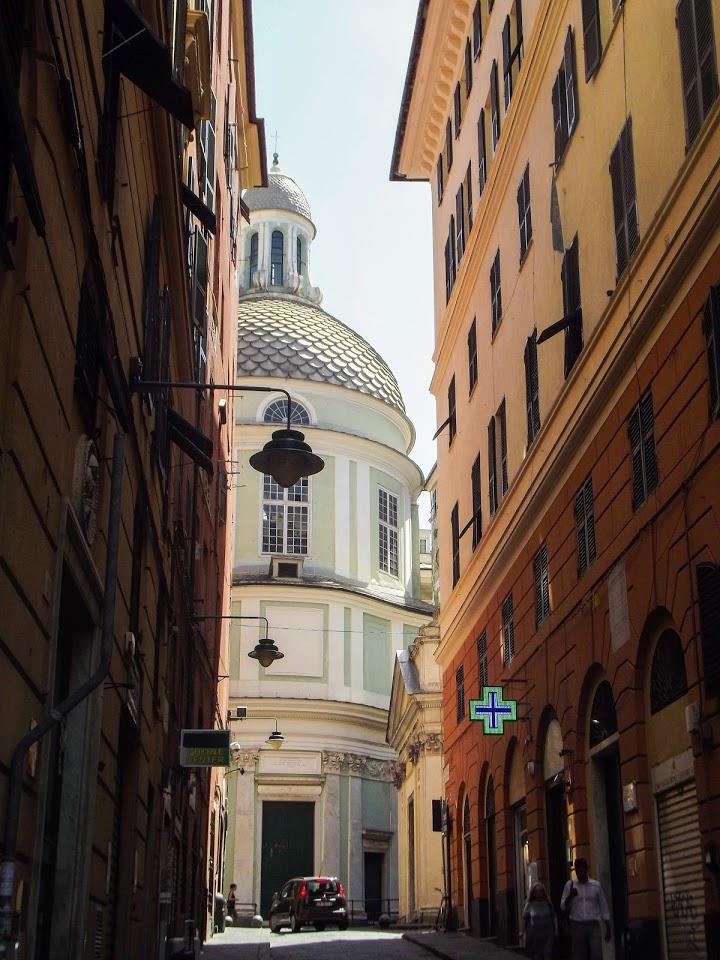 Staro gradsko jezgro Đenove - jedan od najvećih istorijskih centara u Evropi