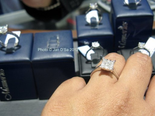 Trying out the Princess Cut ring from the Mirage collection.  Available in 1, 2, 3 ct and in round shape too.
