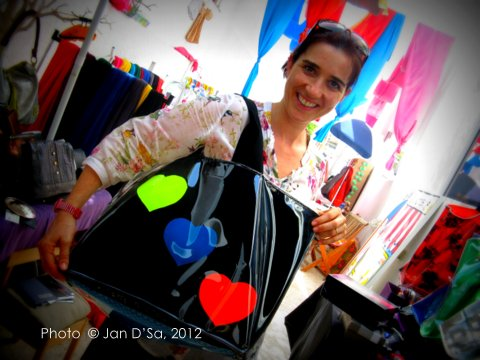 Carinne, owner of Keen Bags wear her heart on her bag's sleeve!