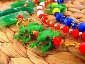 Froggy jewelry piece by Tsarena