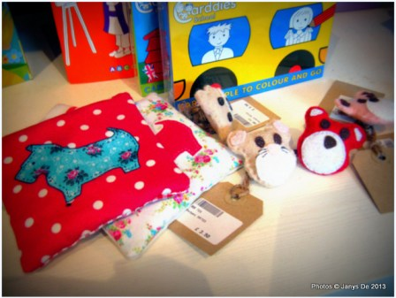 More scented mini pouches that are scented. On the right are felted teddies heads.