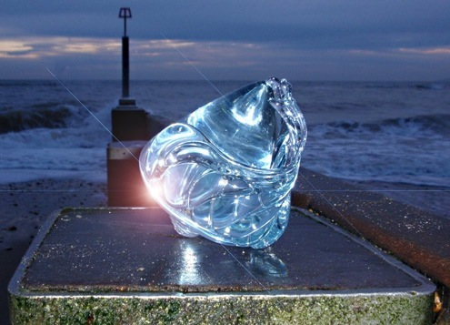 Spectacular sculpture from the Forma Range. Photo © Amanda Heath