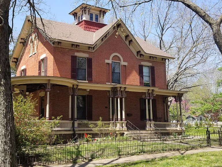 Lawrence, Kansas — 13 Historical Places from Quantrill's