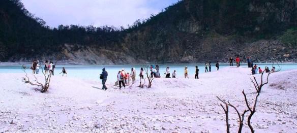 7 Tempat Wisata Populer Yang Wajib Kamu Kunjungi Di Bandung