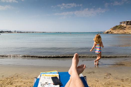 Naxos con los niños: Jugar y relajarse en St. George Beach