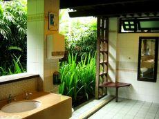 Toaleta din natură