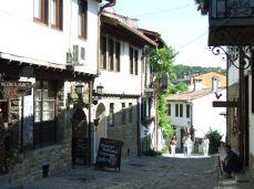 Pe străzile din Veliko