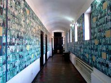 Coridorul cu fotografii