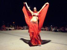 Emirate - dansul din buric completează o seară perfectă
