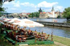 Praga - Terase pe malul Vltavei