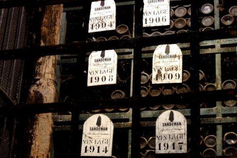 Porto - Tezaurul. Vinuri vechi de 100 de ani.