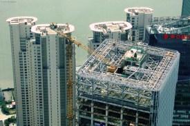 Se construieşte intens, în special în zona Pudong