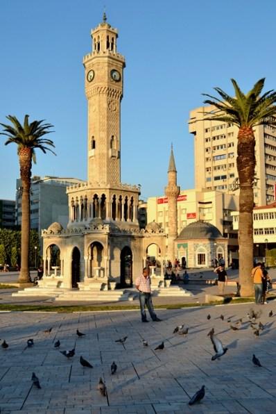 Turnul cu Ceas, simbolul orașului Izmir