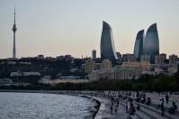 Baku pe înserat