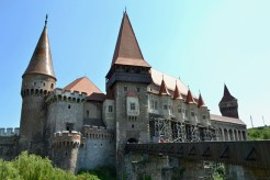 Castelul Corvinilor, Hunodeoara