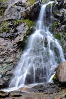 Am făcut baie în cascada Vârciorog