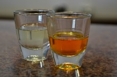 Shoturi de lichior din Koum Quat