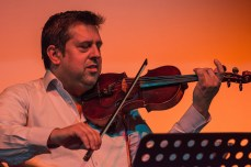 Costel și a sa vioară magică