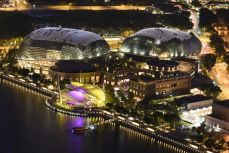 """""""Mustele"""" sau teatrele moderne ale Singaporelui"""