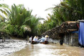 Pe canale in Delta Mekongului