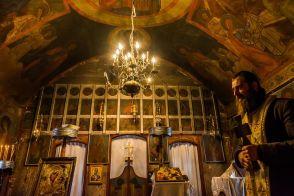 În biserica lui Coman