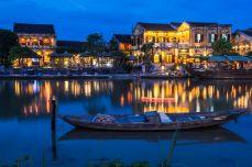 Lumina albastră în Hội An
