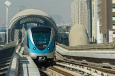 Metroul suspendat