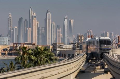 De la Atlantis către Dubai Marina