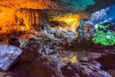 Peștera Sung Sot