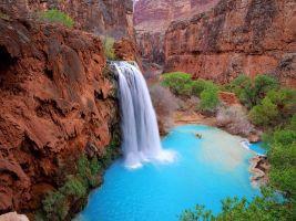 פיסת גן העדן בנווה המדבר של הבאסו   Havasu Creek Waterfalls