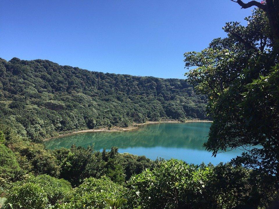 Vacances au Costa Rica : Voyage à cheval, en canoë et en montgolfière