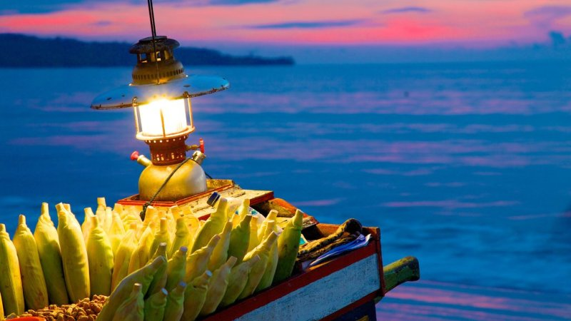 Bali-at-night-by-the-beach