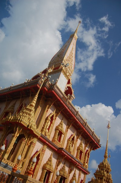 Wat-chalong-temple-phuket